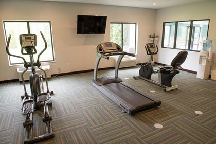 Fitness Facility | Holiday Inn Express & Suites Elkhart