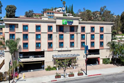 Exterior | Holiday Inn Express Hotel & Suites Hollywood Walk of Fame