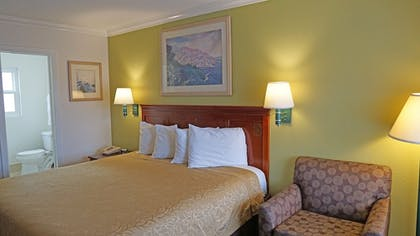 | Redondo Inn and Suites