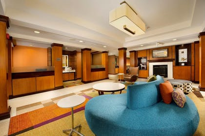 Lobby | Fairfield Inn & Suites Germantown Gaithersburg
