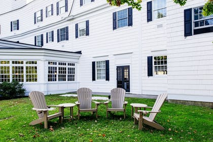 Property Grounds | Colgate Inn