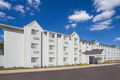Exterior | Microtel Inn & Suites by Wyndham Holland
