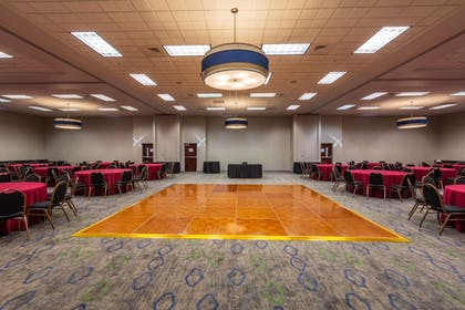 Ballroom | Holiday Inn Express Hotel & Suites Pasco-Tri Cities