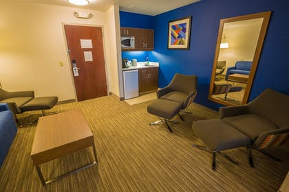 Guestroom | Holiday Inn Express Hotel & Suites Pasco-Tri Cities
