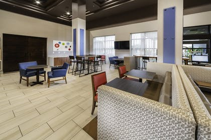 Restaurant | Holiday Inn Express Hotel & Suites Pasco-Tri Cities