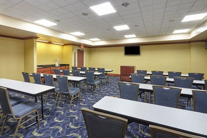 Meeting Facility | Holiday Inn Express Hotel & Suites Grand Rapids - South
