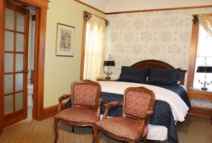 Room | Pacific Grove Inn