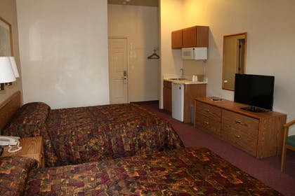 Guestroom | Carson City Plaza Hotel and Event Center