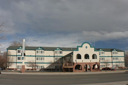 Hotel Front | Carson City Plaza Hotel and Event Center
