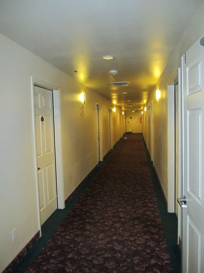 Hallway | Carson City Plaza Hotel and Event Center