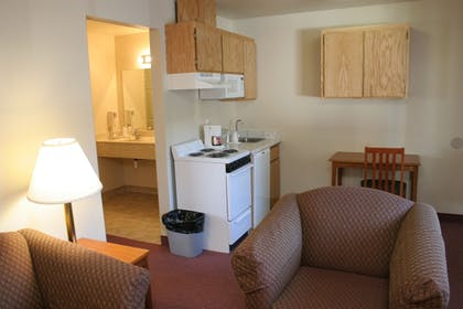 In-Room Kitchen | Carson City Plaza Hotel and Event Center