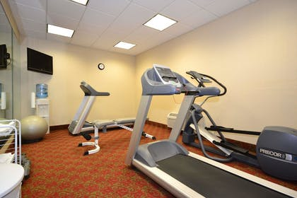 Fitness Facility | SureStay Plus Hotel by Best Western Coffeyville