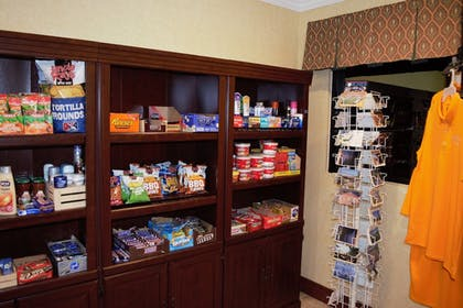 Gift Shop | Best Western Plus Strawberry Inn & Suites