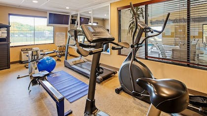 Fitness Facility | Best Western Plus Strawberry Inn & Suites