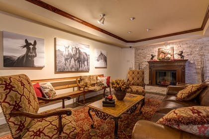 Fireplace | Grand River Hotel