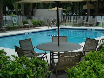 Outdoor Pool | Holiday Inn Express & Suites Ft. Lauderdale N - Exec Airport