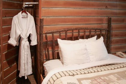 Room | Chateau Avalon, an Ascend Hotel Collection