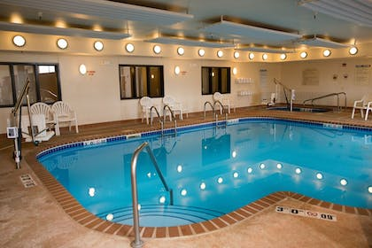 Pool | Holiday Inn Express Hotel & Suites Chanhassen
