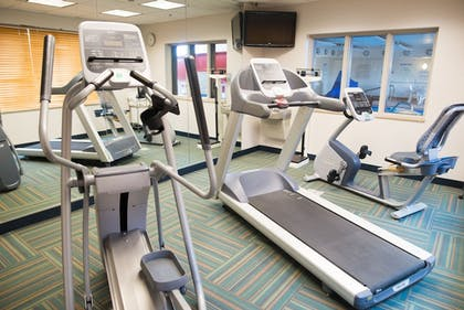 Fitness Facility | Holiday Inn Express Hotel & Suites Chanhassen