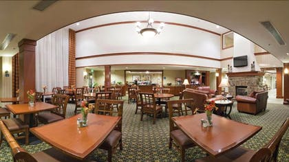 Breakfast Area | Staybridge Suites Philadelphia-Mt. Laurel