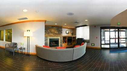 Lobby Sitting Area | Holiday Inn Express Hotel & Suites Boise West - Meridian