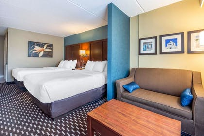 Guestroom | Villa Victor, an Ascend Hotel Collection Member