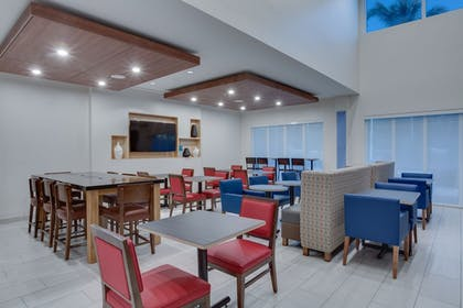 Restaurant | Holiday Inn Express Hotel & Suites Ft Lauderdale Airport/Cru