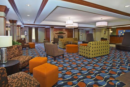 Lobby | Holiday Inn Express Hotel & Suites Pittsburgh West Mifflin