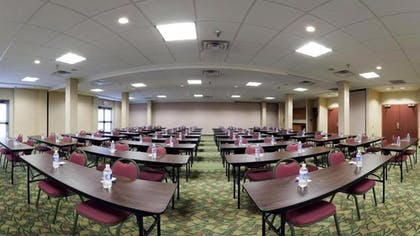 Meeting Facility | Holiday Inn Express Hotel & Suites Pittsburgh West Mifflin