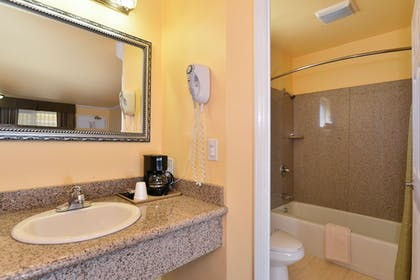 Bathroom | Americas Best Value Inn & Suites SFO Airport N