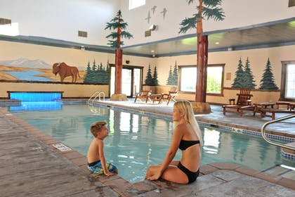 Indoor Pool | Stoney Creek Hotel & Conference Center St. Joseph