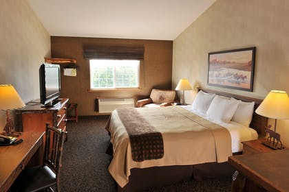 Guestroom | Stoney Creek Hotel & Conference Center St. Joseph