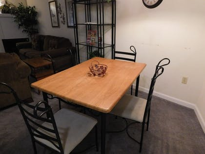 In-Room Dining | Olde Gatlinburg Rentals