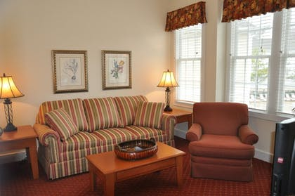 Living Area | King's Creek Plantation