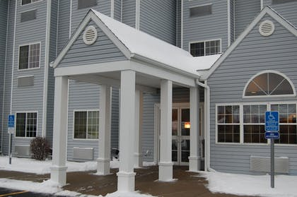 Hotel Entrance | Microtel Inn & Suites by Wyndham Plattsburgh