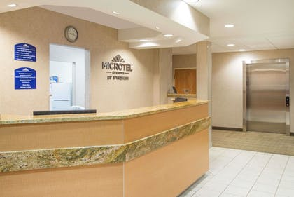Lobby | Microtel Inn & Suites by Wyndham Plattsburgh
