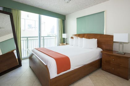 Guestroom | The Fritz Hotel