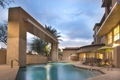 Pool | Holiday Inn Hotel & Suites Scottsdale North - Airpark