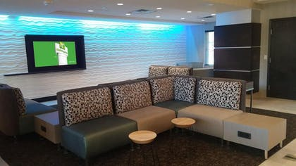 Hotel Interior | Holiday Inn Hotel & Suites Scottsdale North - Airpark