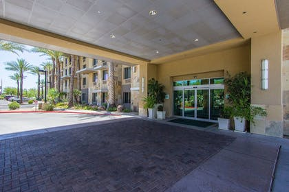 Exterior | Holiday Inn Hotel & Suites Scottsdale North - Airpark