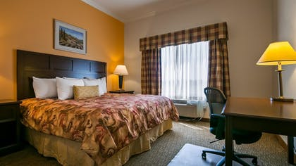 Guestroom | Best Western Plus Grapevine Inn