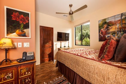 | Royal Villa, 2 Bedrooms, Balcony, Mountain View | A Sunset Chateau