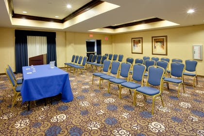 Meeting Facility | Holiday Inn Express Tower Center
