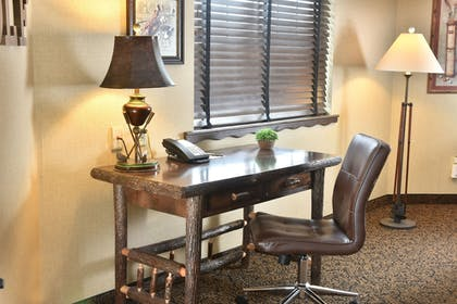 In-Room Business Center   Stoney Creek Hotel & Conference Center LaCrosse