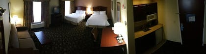 Living Area | Hampton Inn Brattleboro