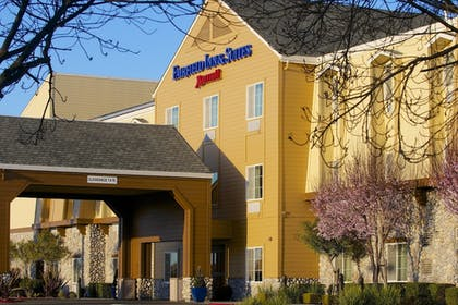 Exterior | Fairfield Inn & Suites by Marriott Napa American Canyon