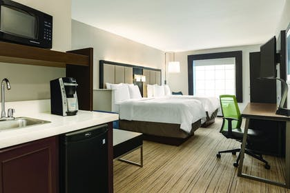 Guestroom | Holiday Inn Express Hotel & Suites Lawton-Fort Sill