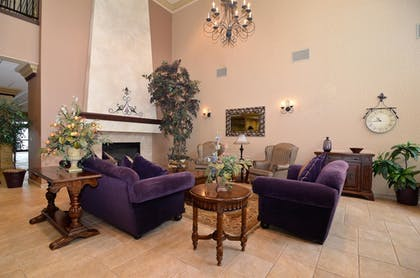 Lobby | Best Western Plus Pasco Inn & Suites