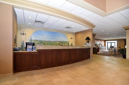 Reception | Best Western Plus Pasco Inn & Suites
