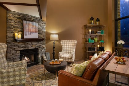 Featured Image | Meadowbrook Inn